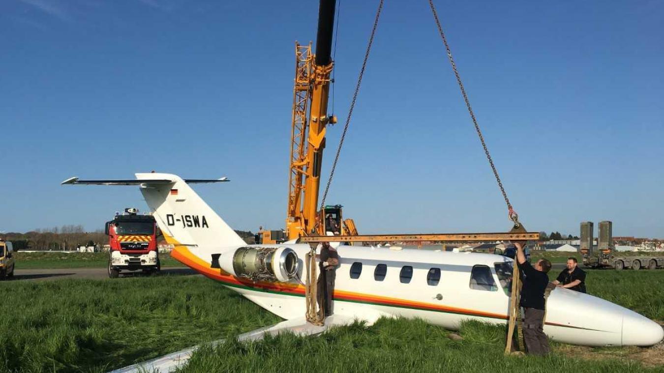 Intervention de levage sur un jet privé au Touquet