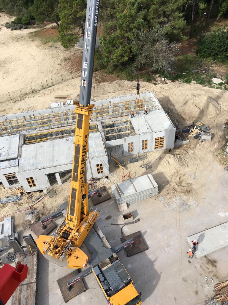 Opération de levage dans le secteur du génie civil en Hauts-de-France