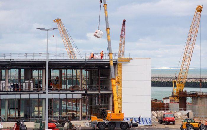 Levages réalisés pour l'extension du Port de Calais dans les Hauts-de-France